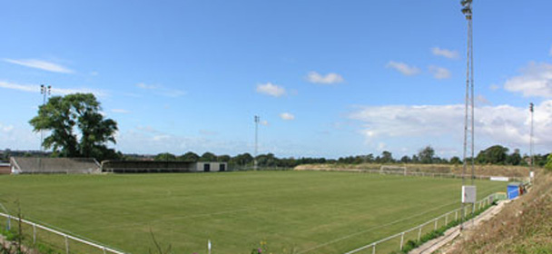 Worthing-Utd_ground_680